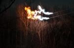 Tendido eléctrico con fuego