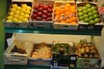 Fruta tras mostrador